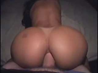 Big booty lady gets bum gaped and sprayed with cum