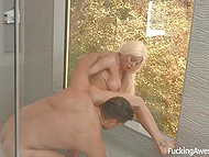 Spectacular blonde Latina Luna Star puts on sexy lingerie and cool man fucks her in bathtub 9