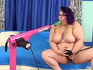 Fat amateur bitch knows that only a mechanized dildo can satisfy all her sexual needs 5