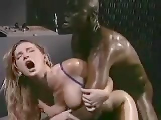 Black muscular guy enjoying white pussy