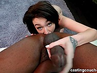 Fresh bitch comes to porn casting and works with her black partner like a professional 10