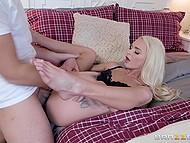 Slutty babe Emma Hix uses stepfather's impressive phallus to satisfy her crave for hard sex 7