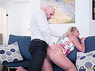 Spectacular MILF Phoenix Marie moves into new house and desires to be fucked by husband in every room 6