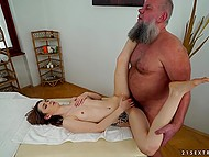 Masseur with a gray beard quickly gets access to tender bald cunny of slender dollface