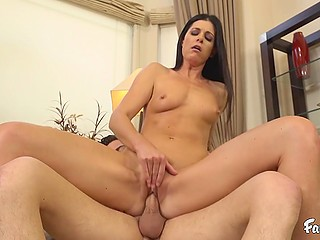 Brunette MILF India Summer craves for good penis inside vagina and young neighbor is ready to help