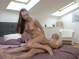 Boyfriend isn't home and young slut takes advantage of it to be fucked and creampied by old man