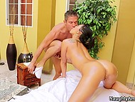 Masseur fingers Asa Akira's pussy that welcomes his strong penis inside a little bit later 5