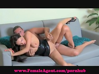Female agent: guy gets seduced in casting