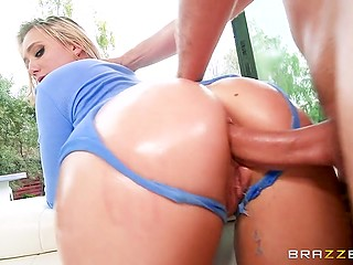 Bootylicious blonde AJ Applegate nicely fucked in ass by experienced partner with great dick