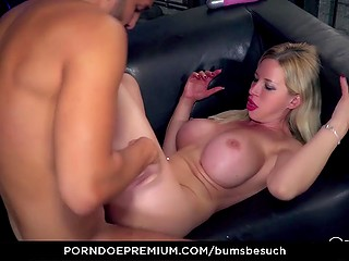 Bicycle messenger brings a parcel to Manu Magnum and busty German pornstar surprises him with fuck