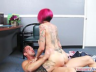 MILF with red hair Anna Bell Peaks craves for a pecker to fuck her hungry womb as soon as possible 5