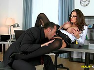 Office slut Sensual Jane uses amazing jugs to motivate client close the deal on her price 6