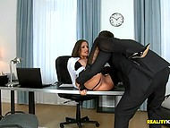 Office slut Sensual Jane uses amazing jugs to motivate client close the deal on her price 9