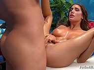 Masseur fucks oiled beauty August Ames with succulent breasts and it's better than any tips