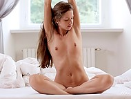 Girl is so sexy that she goes crazy about own body and wants to fondle it in the morning 7