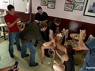 Мужик James Deen приводит латиночку в кафе не чтобы угостить кофе, а публично унизить и выебать