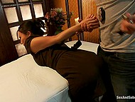 Asian masseuse Asa Akira loves when handsome client roughly nails and creams her in parlor 9