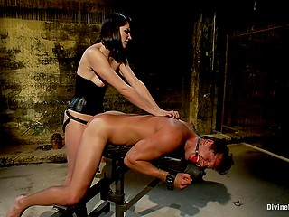 Men are stronger than women nevertheless Bobbi Starr doesn't mind dominating one of them drilling his ass with strapon
