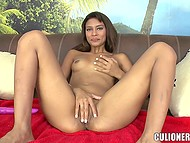 Winsome Latina girl plays with fingers and vibrator before gives blowjob at porn casting 4