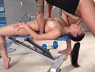 Winsome brunette with natural tits Ava Black gives stranger head right in empty gym