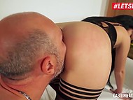 Bald stallion from Italy during audition actively assfucks newcomer Luna Oara on sofa 4