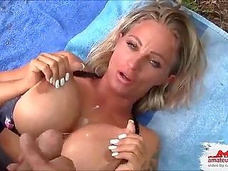 Jaw-dropping blonde bitch with big boobs in swimsuit Candy Samira pays for help with cunt