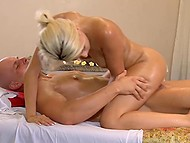 Babe got tired of dull husband and went to masseur to do it with experienced fucker