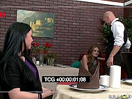 Waiter's naughty prank turns into a glorious blowjob when by a lusty client with sexy face 4