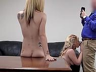 Deux simples blonde poussins est venu le casting, et après une couple de questions ont montré leur putain de compétences