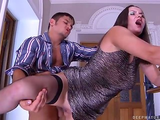 Russian babe in stockings gets butt fucked