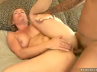 Mature slut gets ass hammered and filled with fresh jizz