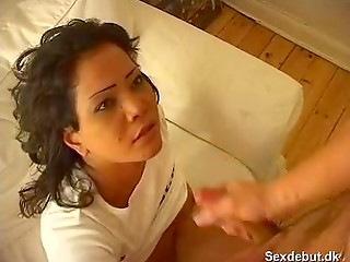 Astonishing brunette chick gives gentle blowjob her boyfriend before passionate vagina drilling