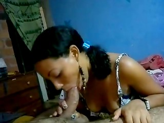 Seductive Ebony girlfriend demonstrates wonderful oral technique before getting her vagina penetrated