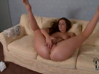 Naughty and horny chick rubbing her cunt fast