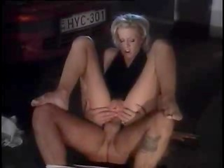 Anal sex with sexy blonde in parking at night