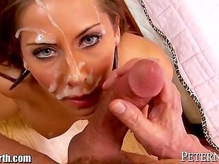 Каждая часть тела сногсшибательной порнозвезды Madison Ivy способна дарить мужчине удовольствие