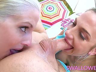 Грудастые шлюхи Christie Stevens и Jaclyn Taylor делятся спермой после горлового миника и ануслинга