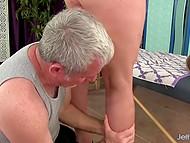 Мастурбация от опытного массажиста приятна для Randi Paige, особенно когда заканчивается оргазмом 5