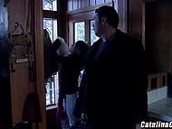 Соблазнительная Catalina Cruz с большими сисечками раскрепощает швейцарского любовника для оральных потрахушек 4