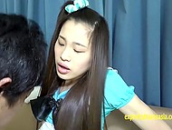 Развратная азиатка с волосатой киской любит секс и приводит нового знакомого домой, чтобы он стал её любовником 7