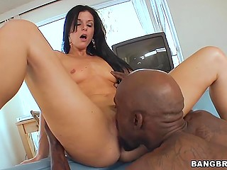 Provocative India Summer with skinny body sucks and gives pussy to Ebony lover for cunnilingus