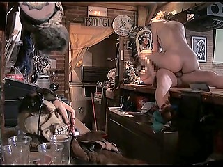 Eccentric Spanish woman with ease coaxed barman to have spontaneous fuck on the bar counter