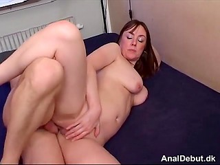 Ordinary MILF fucked in butt for five minutes and then gives man handjob making him cum
