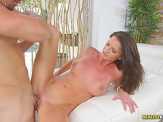 Woman really wants to reach bright orgasm and comes to neighbor with big cock to help her