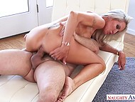 Stunning blonde cougar Emma Starr rides neighbor's hard cock while husband is on the work 9