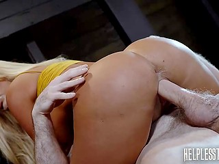 Stranded blonde with round boobs Brandi Bae properly drilled by stranger at his secret place