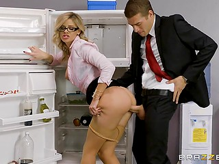 Nerdy blonde Jessa Rhodes should go to a meeting but she enjoys sex with handsome colleague first