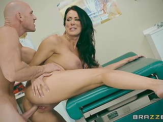 Bald doctor helps full-bosomed brunette Reagan Foxx become pregnant cumming in pussy after fuck