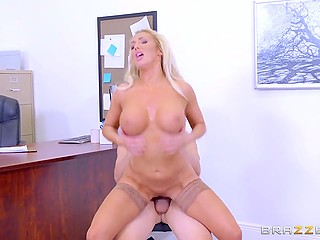 During negotiations gorgeous blonde with big jugs Olivia Fox easily seduces hesitating client