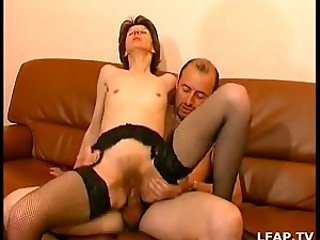 Skinny mature lady gets her cunt eaten and penetrated